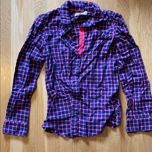 Blue pink fitted flannel button down